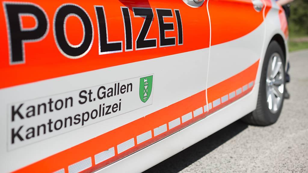 St.Gallen: 29-Jährige schläft auf Pannenstreifen ein
