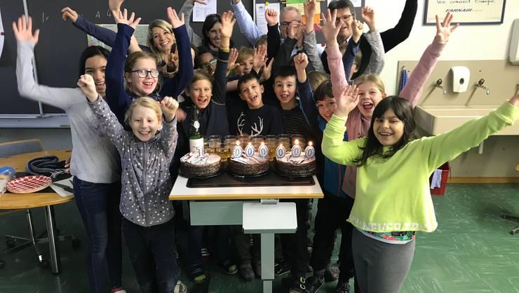 Das haben die beteiligten Schulkinder aus Bettlach zusammen mit Regisseuer Lukas Eggenberg aus Grenchen gebührend gefeiert