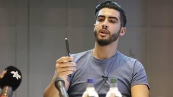 """Er ist sich """"absolut keiner Schuld bewusst"""": IZRS-Vorstandsmitglied Naim Cherni, der mit einem umstrittenen Dokumentarfilm ins Visier der Bundesanwaltschaft geraten ist."""