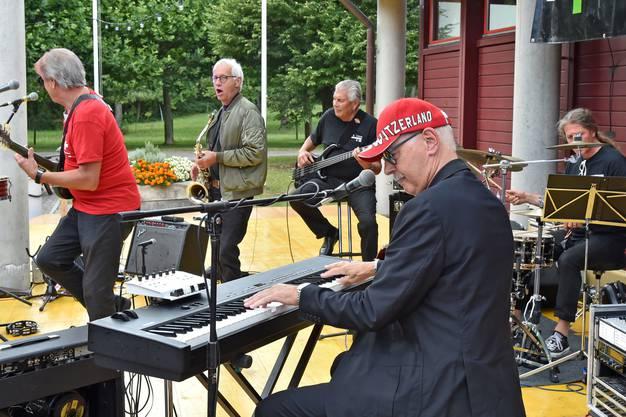 Musikalisch unterhielt die Band «Rutishuser & Co.».