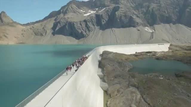 Längste Staumauer der Schweiz eingeweiht