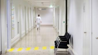 In der Notfallstation des Bürgerspitals Solothurn ist vor allem am Wochenende Hochbetrieb.
