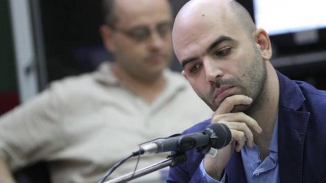 Roberto Saviano tritt vor dem Gericht in Neapel als Nebenkläger auf