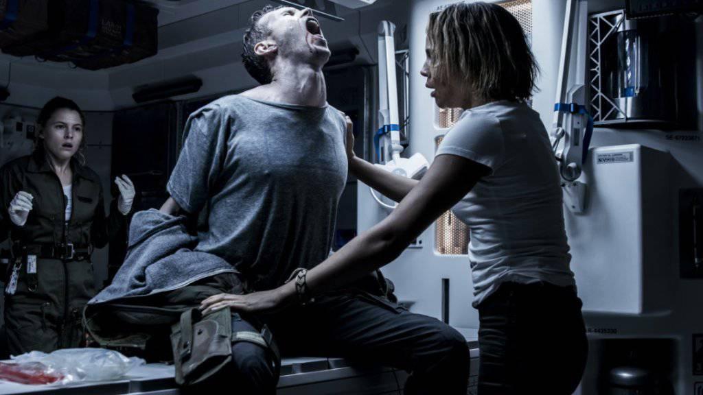 Szenebild aus «Alien: Covenant». Der Film hat am Wochenende die Spitze der Deutschschweizer Kinocharts übernommen. (Handout)
