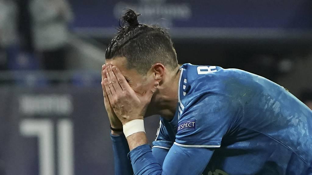 Cristiano Ronaldo bangt um seine Mutter