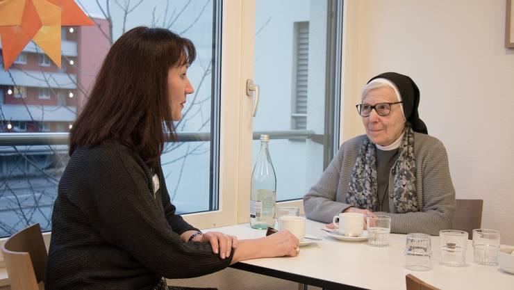 Susanne Schmid und Schwester Elisabeth Müggler wollen einen Ort schaffen, wo man im geschützten Rahmen über den Tod sprechen kann.