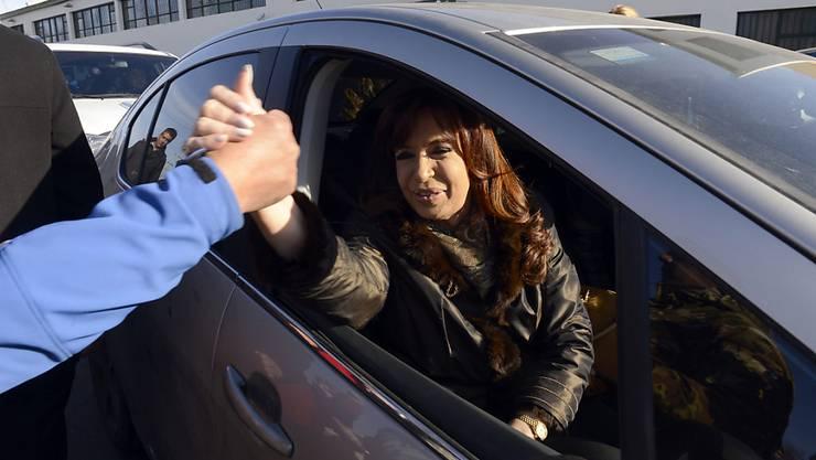 Argentiniens Staatschefin Cristina Fernandez sieht sich im Streit um Staatsschulden mit weiterem Ungemach aus den USA konfrontiert. (Archivbild)