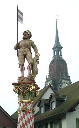 Niklaus Thut war Schultheiss von der Stadt Zofingen. Er verstarb am 9. Juli 1386 in der Schlacht bei Sempach, wo er als Bannerträger kämpfte. Der Legende nach soll er kurz vor seinem Tod das Zofinger Banner heruntergeschluckt und es so dem Zugriff der Eidgenossen entzogen haben. Heute schmückt Niklaus Thut den nach ihm benannten Brunnen in der Zofinger Altstadt.