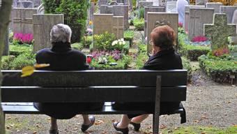 Das klare Ja zur Totalrevision des Reglements für das Bestattungs- und Friedhofswesen bittet die Angehörigen stärker zur Kasse