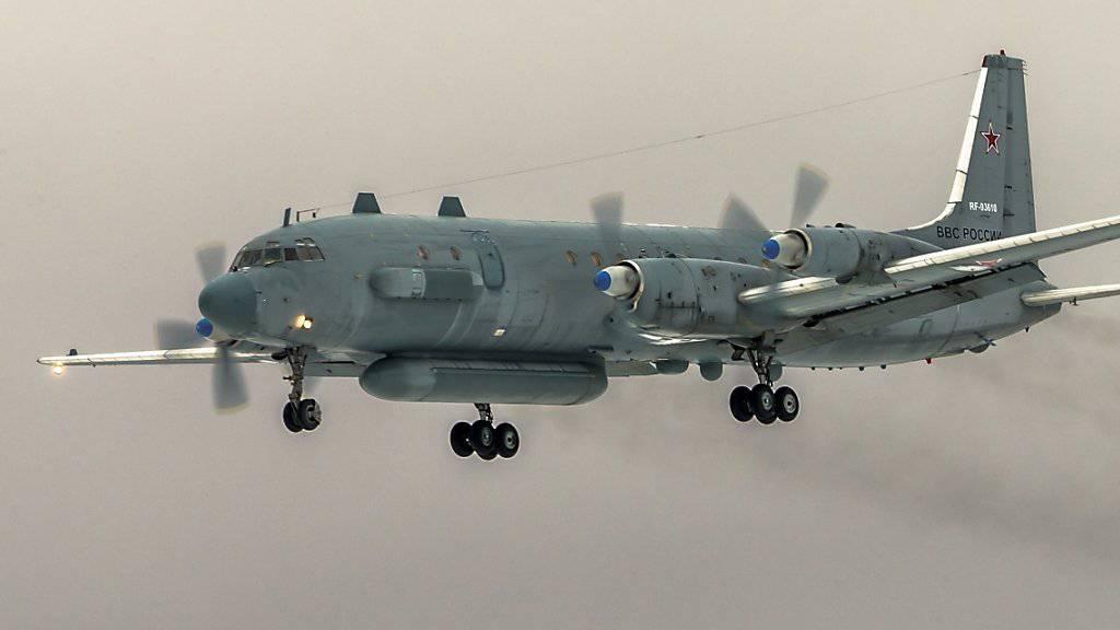 Beim Abschuss einer Iljuschin-Militärmaschine beim Landeanflug in der ostsyrischen Provinz Latakia kamen alle 15 russische Soldaten an Bord ums Leben. (Symbolbild)