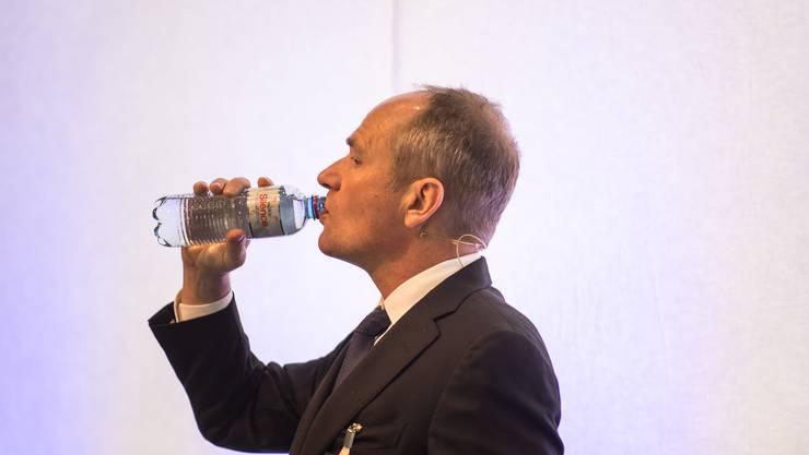 Ruag-Chef Urs Breitmeier an einer Pressekonferenz.