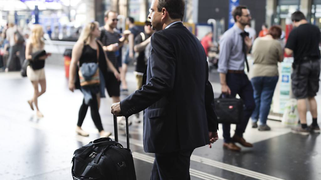 Nationalrat will strengere Flugreiseregeln für Parlamentsmitglieder