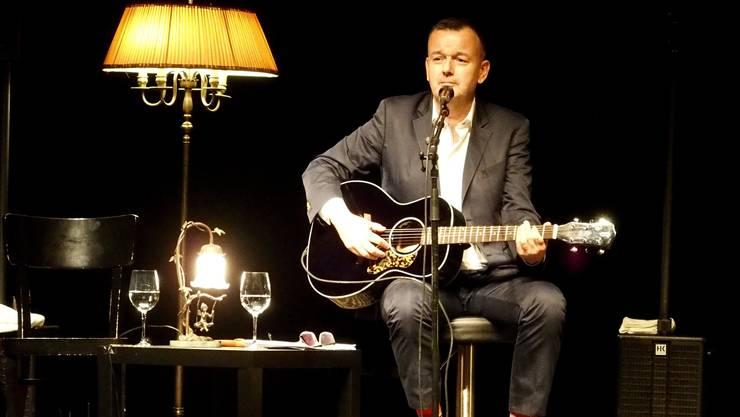 Philipp Fankhauser erzählte zwischen den Songs Geschichten aus seinen Anfängen