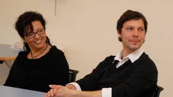 Ayten Gülkanat-Sarlar und Simon Libsig blickten eine Woche lang in den Alltag des anderen. Foto: Walter Schwager