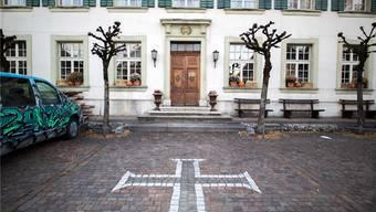 Geht es nach dem Gemeinderat, wird die Gemeindeverwaltung im ehemaligen «Kreuz» eingerichtet.