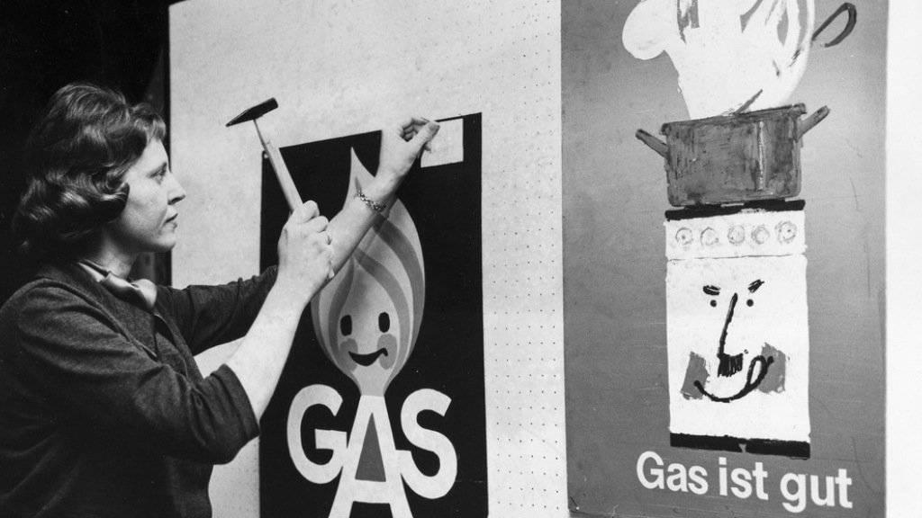 Sowohl die Erdgas- als auch die Erdölbranche dürfen nur mit klimatisch positiven Aussagen werben, wenn sie diese auch belegen können. Mitte des vergangenen Jahrhunderts war Gas eine Errungenschaft. (Symbolbild)