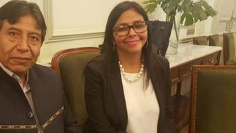 Vergeblich gewartet: Die venezolanische Aussenministerin Delcy Rodríguez am Mercosur-Gipfel in Buenos Aires. (Bild: Twitter)