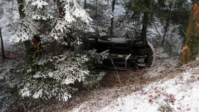 Neulenkerin bei Birrhard in Wald gestürzt