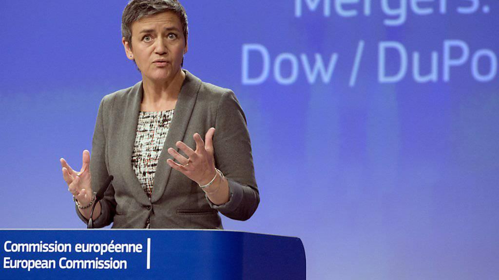 """""""Der Wettbewerb muss in dieser Branche funktionieren"""", sagt EU-Wettbewerbskommissarin Margrethe Vestager. Die EU-Kommission gibt unter Auflagen grünes Licht für die Fusion von Dow und DuPont."""