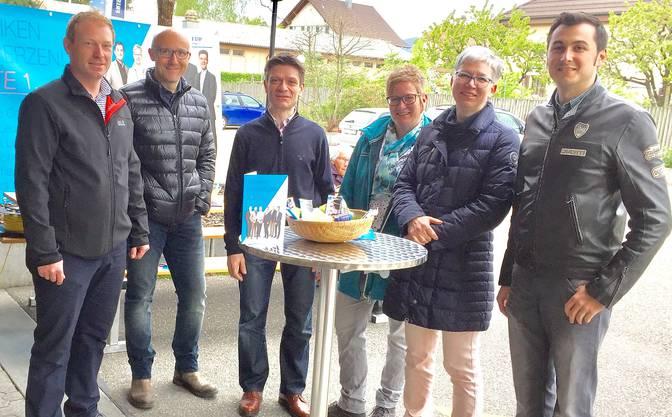 v.l. Torsten Lüscher, André Leuenberger, Matthias Suter, Gabi Stiegeler, Erika Schranz (bisher) und Fabrizio Campigotto