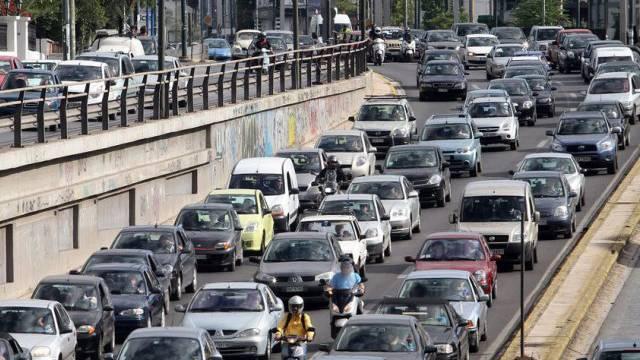 Immer mehr Griechen verzichten wegen der Krise auf das Auto.