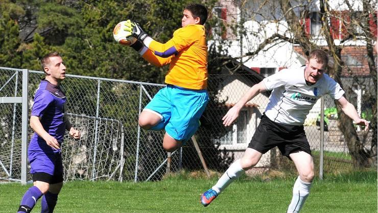 Gerlafingens Torhüter Kristic wahrt seinem Team im Spitzenkampf der 3. Liga beim FC Welschenrohr die Führung.