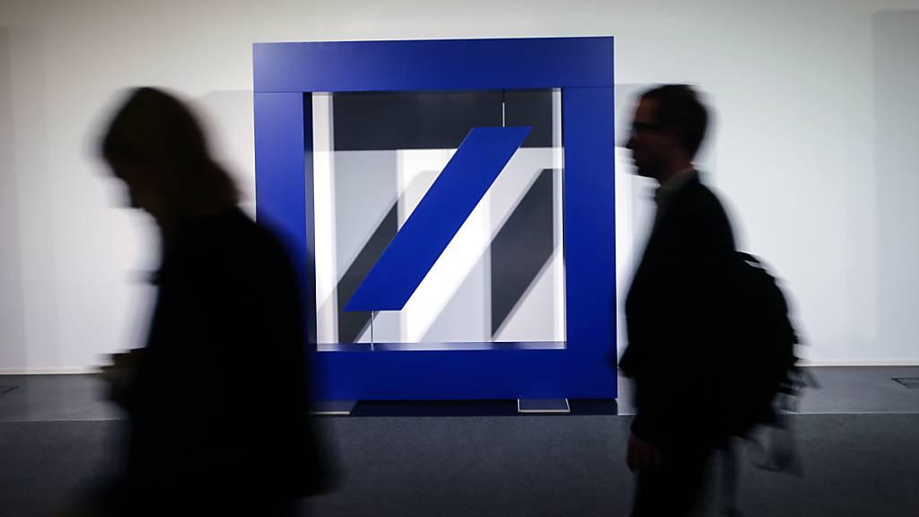 Deutsche Bank fährt wegen Umbaus 5,7 Milliarden Euro Verlust ein
