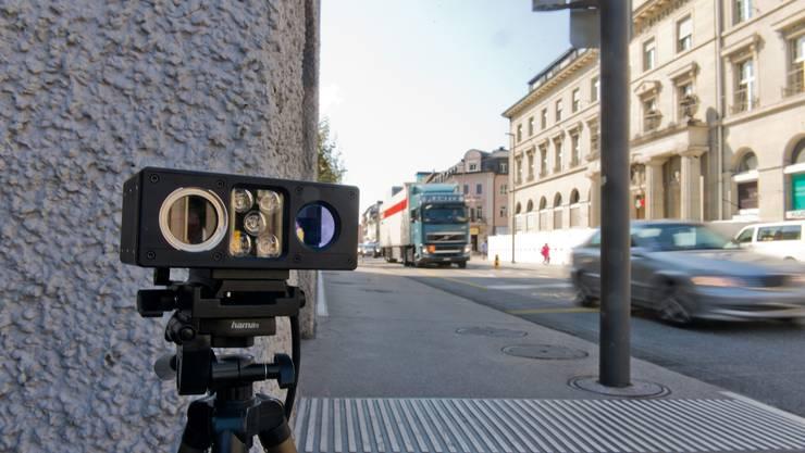 Mobile Kamera zur Verkehrsmessung: Die Messgenauigkeit soll 95 Prozent betragen.