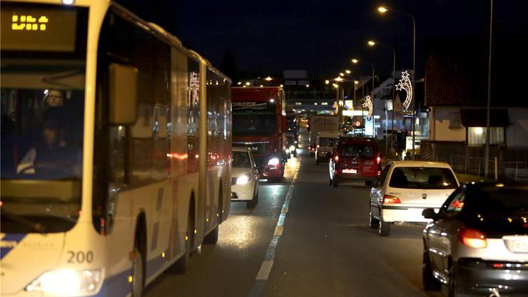 Fast jeden Abend in Hägendorf: Auto reiht sich an Auto.