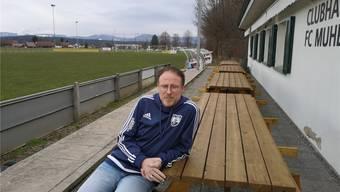 «Masslos enttäuscht»: Chris Stecher, Präsident des FC Muhen, nach dem deutlichen Volks-Nein zur Sanierung des Fussballplatzes.