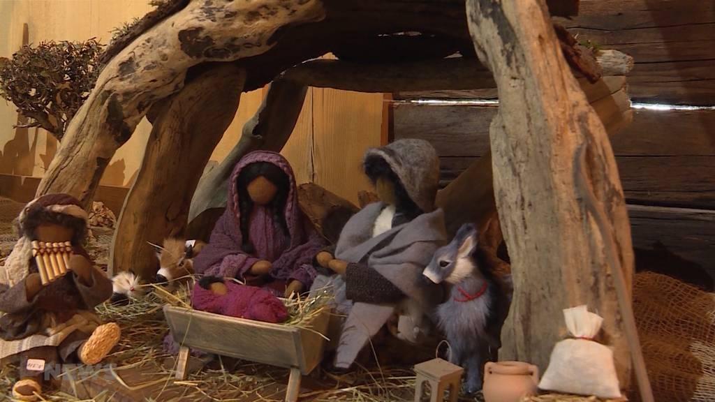 Weihnachtsstimmung an der Krippen-Ausstellung