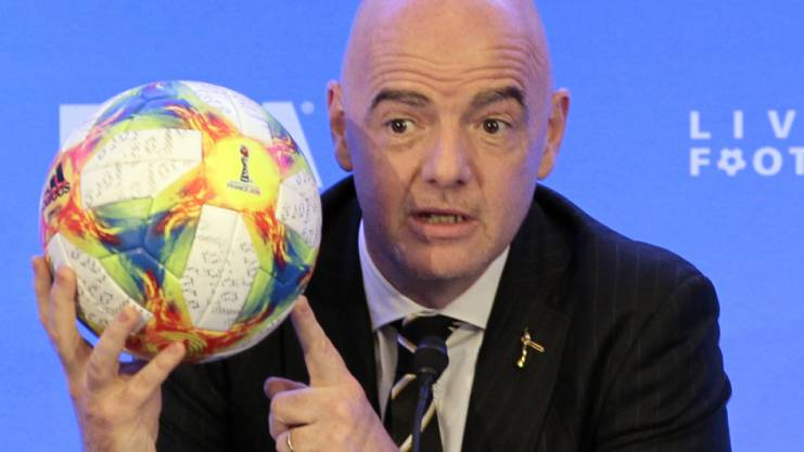 Kommt zwar aus dem gleichen Kanton wie Blatter, hat das Heu aber nicht auf der gleichen Bühne: Gianni Infantino.