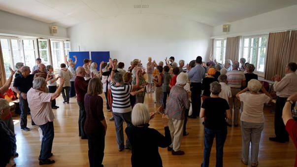 Auf die Initiative des Stadtrats wurde das Angebot «Rhythmik 60 plus» nach Brugg geholt.