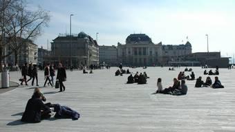 Die Initiative fordert 300 eventfreie Tage auf dem Zürcher Sechseläutenplatz. (Archiv)
