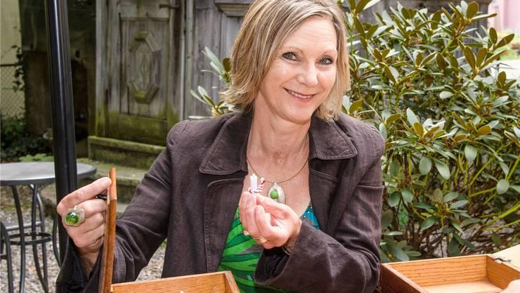 Maya Graf hat im Garten ihres heimlichen Hauptquartiers, dem Bistro Cheesmeyer in Sissach, den Begriff «Sexappeal» gezogen.