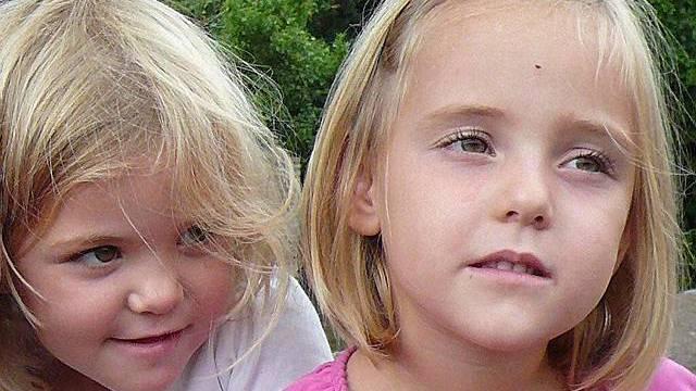 Von den vermissten Zwillingen fehlt weiter jede Spur (Quelle: Waadtländer Kantonspolizei)