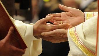 Verheiratete Priester als Teil einer progressiven Kahtolischen Kirche? (Symbolbild)
