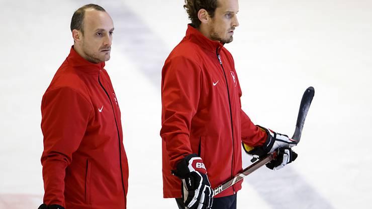 Nationaltrainer Patrick Fischer (rechts) und Assistent Christian Wohlwend konnten der Schweiz im ersten Test gegen Russland nicht zum Sieg verhelfen