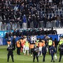 iefpunkt: GC-Chaoten erzwingen in Luzern einen Spielabbruch. Fürs Spiel in Aarau haben 25 von ihnen Stadionverbot.