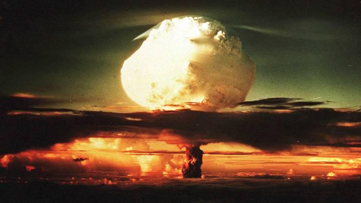 Das Foto aus dem «Bradbury Science Museum» zeigt die erste Atombombenexplosion vom 16. Juli 1945. Ort war ein Test-Gelände im US-Bundesstaat New Mexico.