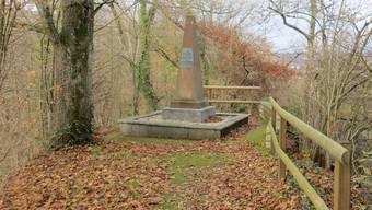 «Dabei komme ich ganz nahe am Hülftendenkmal vorbei, das an die entscheidende Schlacht gegen die Stadtbasler am 3.August 1833 erinnert.»