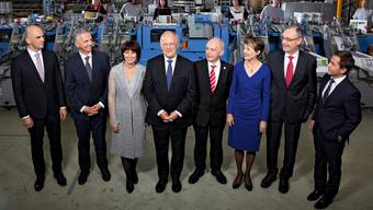 Der jetzige Bundesrat von links: Alain Berset, Didier Burkhalter, Doris Leuthard, Johann Schneider-Ammann, Ueli Maurer, Simonetta Sommaruga, Guy Parmelin und Bundeskanzler Walter Thurnherr.
