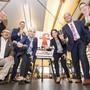 Für die Steuervorlage 17 greifen Baselbieter Parteivertreter zur Hantel: Marc Bürgi, BDP; Werner Hotz, EVP; Silvio Fareri, CVP; Barbara Gutzwiller, Direktorin Arbeitgeberverband BS; Saskia Schenker, FDP; Dominik Straumann, SVP; Martin Dätwyler, Direktor HKBB.