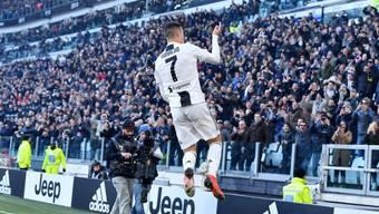 Cristiano Ronaldo hebt nach seinem frühen Führungstreffer ab
