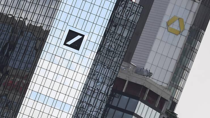 Deutsche Bank und Commerzbank erwägen Fusion. (Archiv)