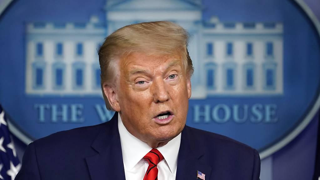 Donald Trump, Präsident der USA, spricht auf einer Pressekonferenz im Weissen Haus.