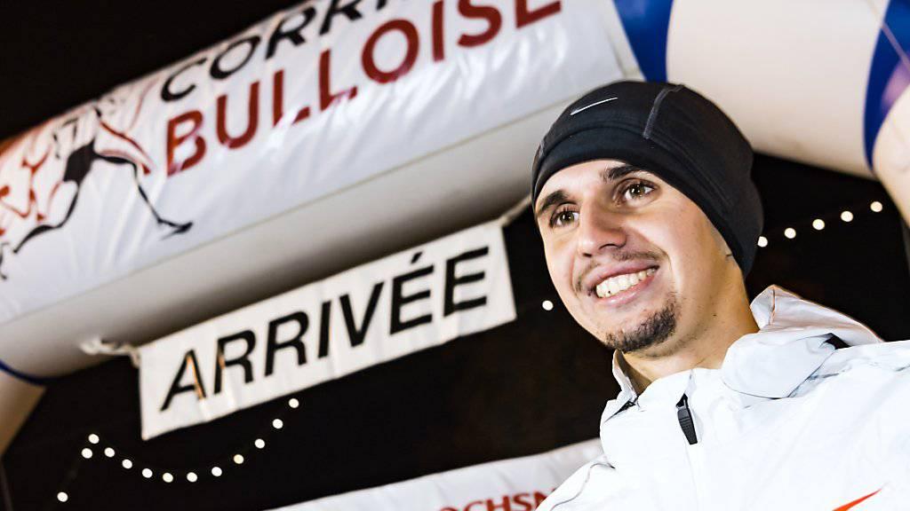 Julien Wanders zeigt sein Siegerlächeln