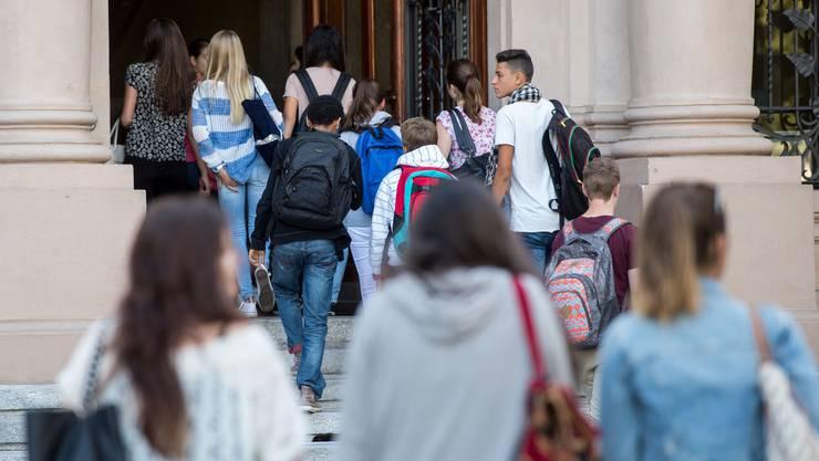 Auch nach der Bildungsreform strömt ein Grossteil der Basler Schüler in die Gymnasien.