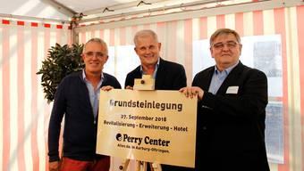 Grundsteinlegung im Perry Center