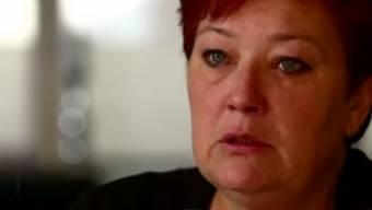 Mutter Monique erzählt in einer TV-Sendung, wie sie sich eine Burka kaufte und nach Syrien reiste, um ihre zum Islam konvertierte Tochter zu befreien.